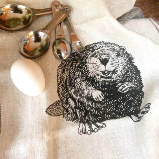 Canadiana Beaver Linen Kitchen Towel